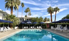 Palm Springs resorts Holiday House