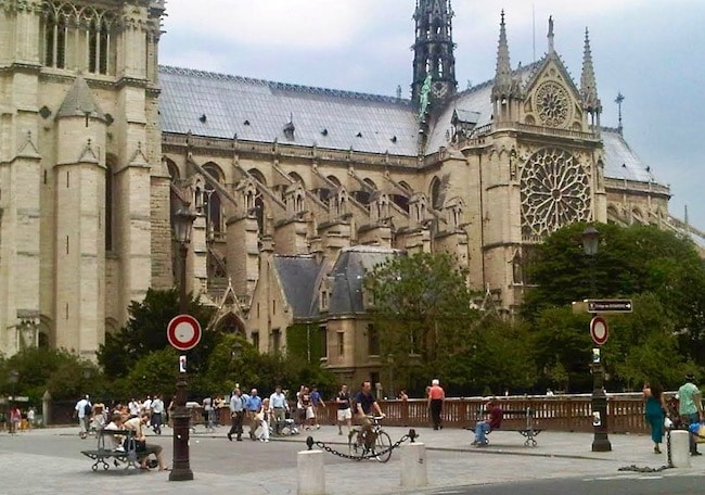 What to see in Paris, Notre Dame Cathedral