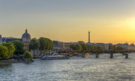 Paris luxury tours Seine River boat cruise