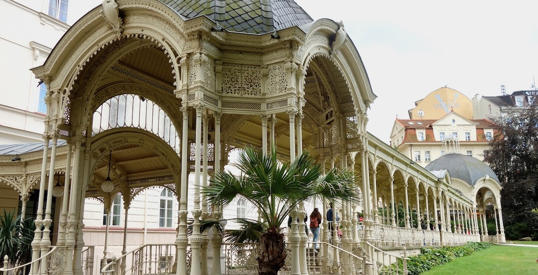 Drinking pavilion Karlovy Vary hot springs