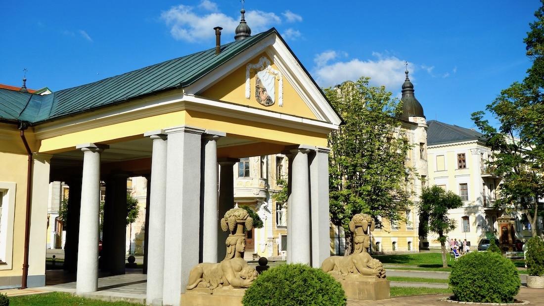 Spa Triangle of Bohemia, Czechia, Frantiskovy Lazne colonnade