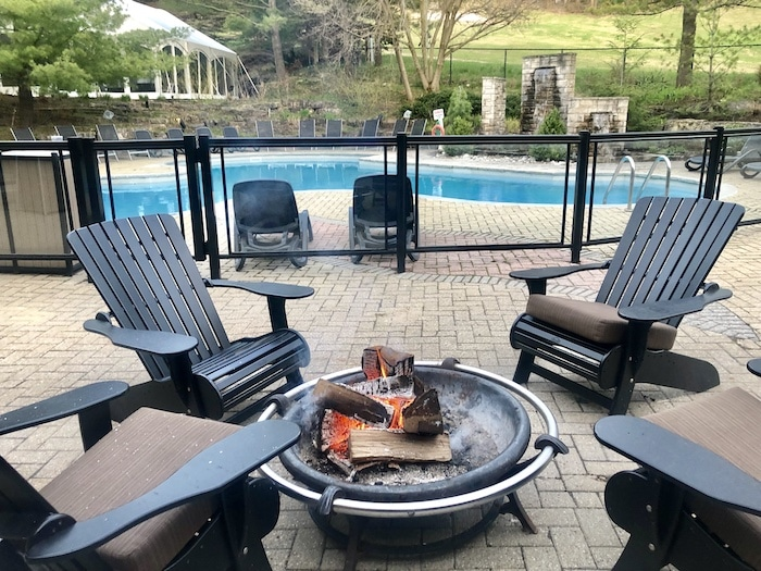Hockley Valley Resort with firepit and outdoor pool
