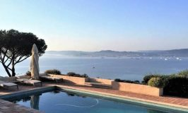 Infinity pool in a luxury villa in St Tropez