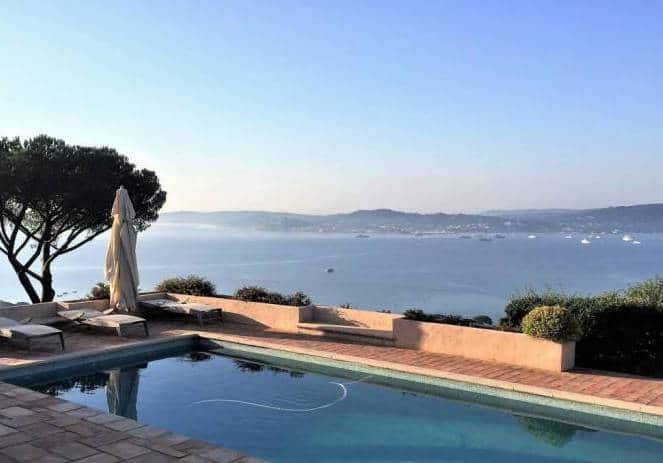 Infinity pool in a luxury villa in St Tropez
