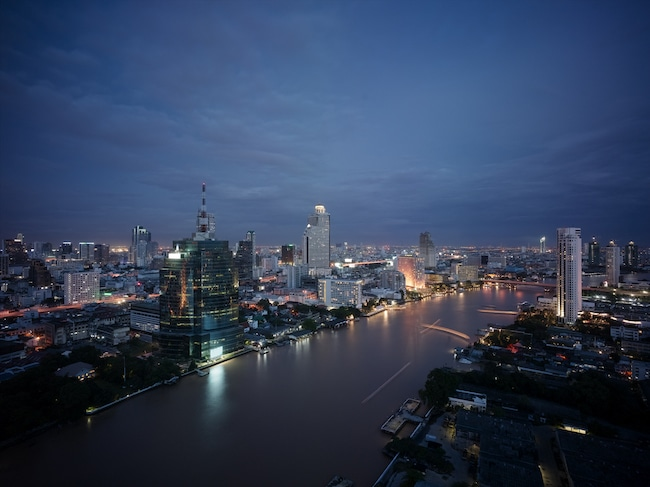 Bangkok night scene of the Chao Phraya River