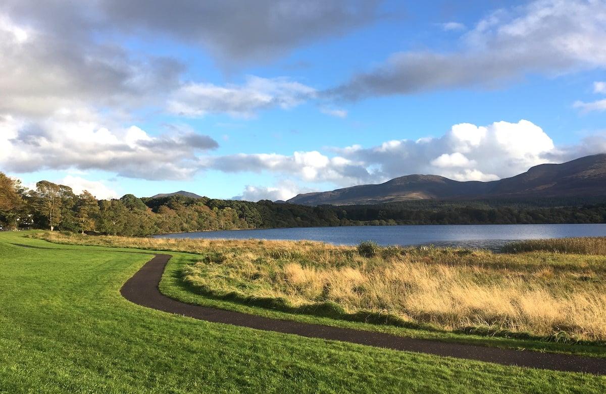 flat cycling trail in killarney national park